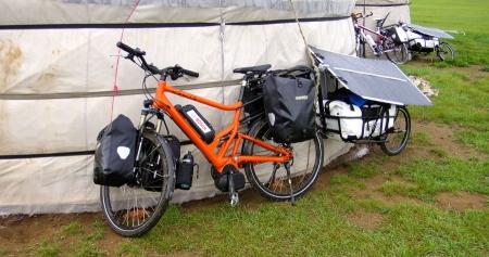 pedelec-adventures-com_tour-de-mongolia_2012-07-05_tag1_bikes-ger_web