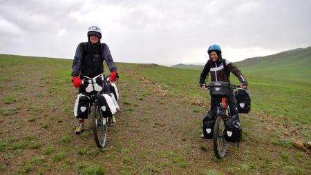 pedelec-adventures-com_tour-de-mongolia_2012-07-06_tag2_regenfahrt_dsc07685_web