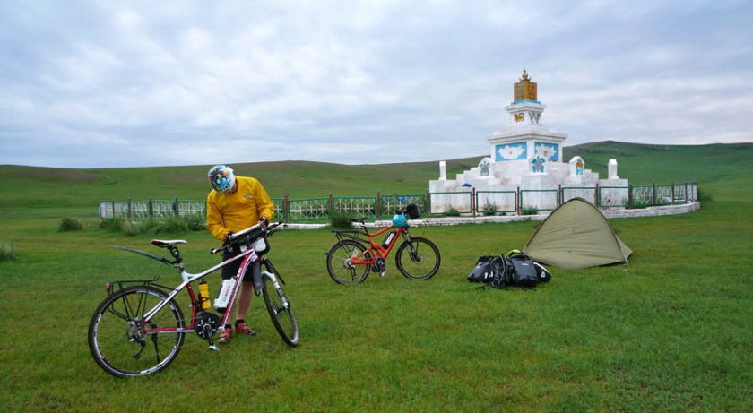 www-pedelec-adventures-com_tour-de-mongolia_bosch_zentrum-mongolei